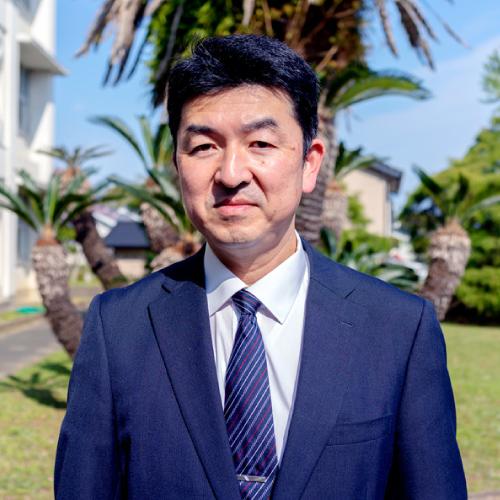 愛知県立成章高等学校長 青山 昌俊